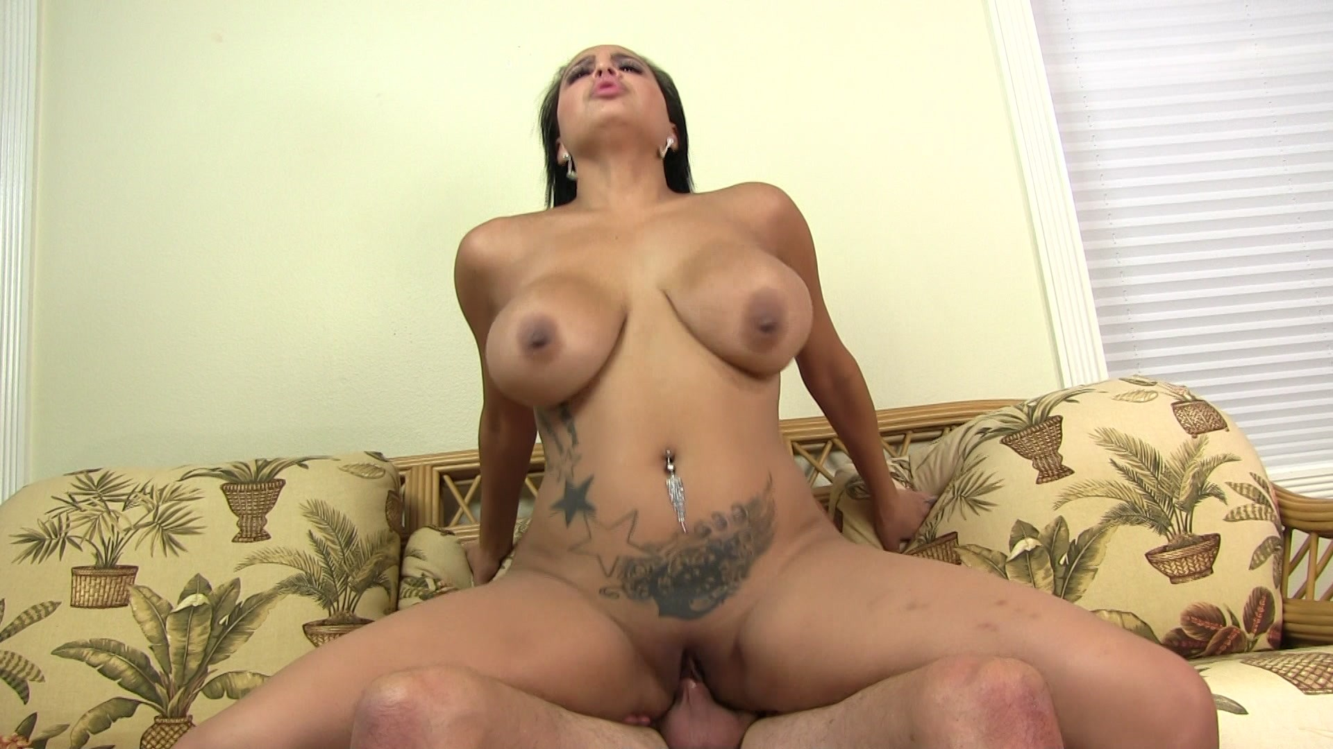 Busty beauty cassidy banks gets nailed 7