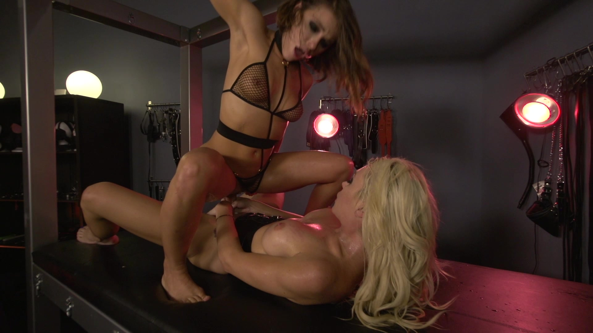 Scene with Adriana Chechik and Aubrey Kate - image 13 out of 20