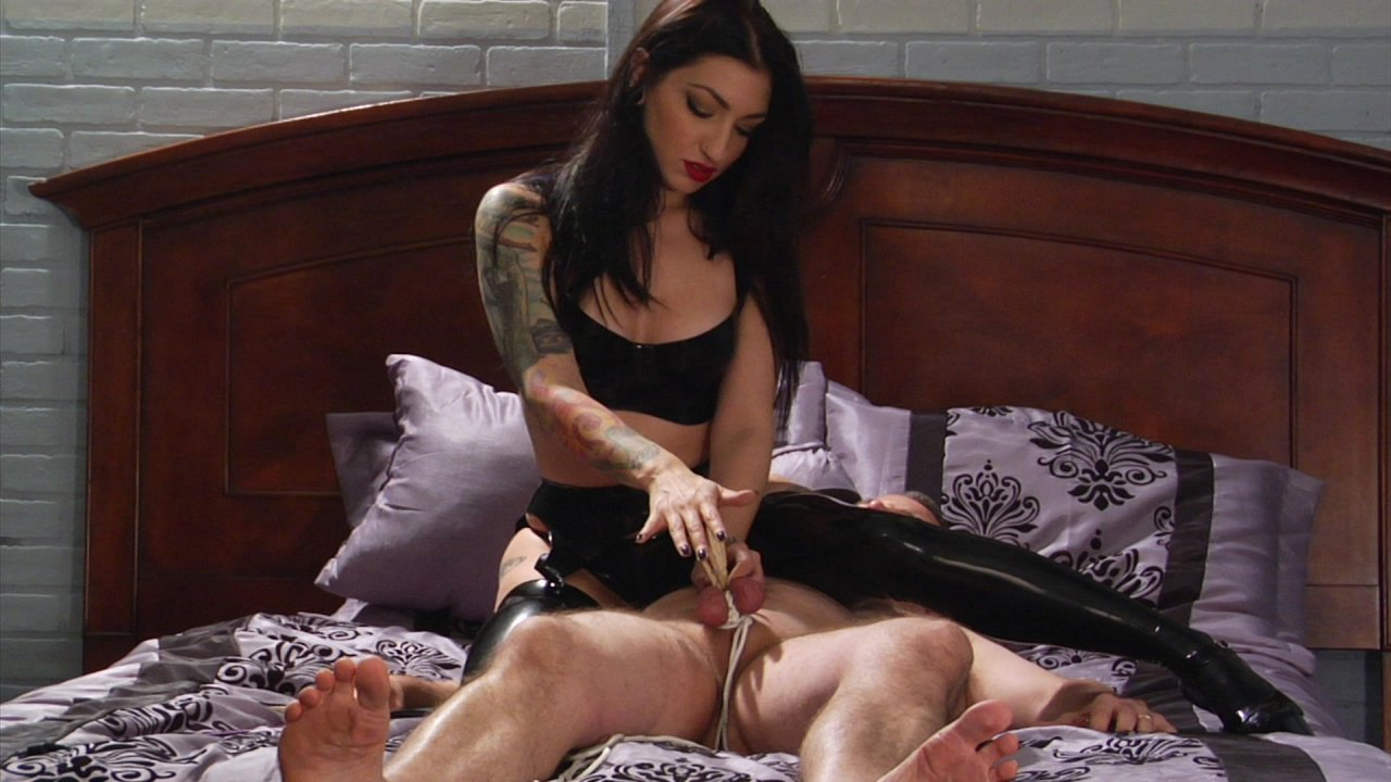 Scene with Jimmy Broadway and Cybill Troy - image 17 out of 19