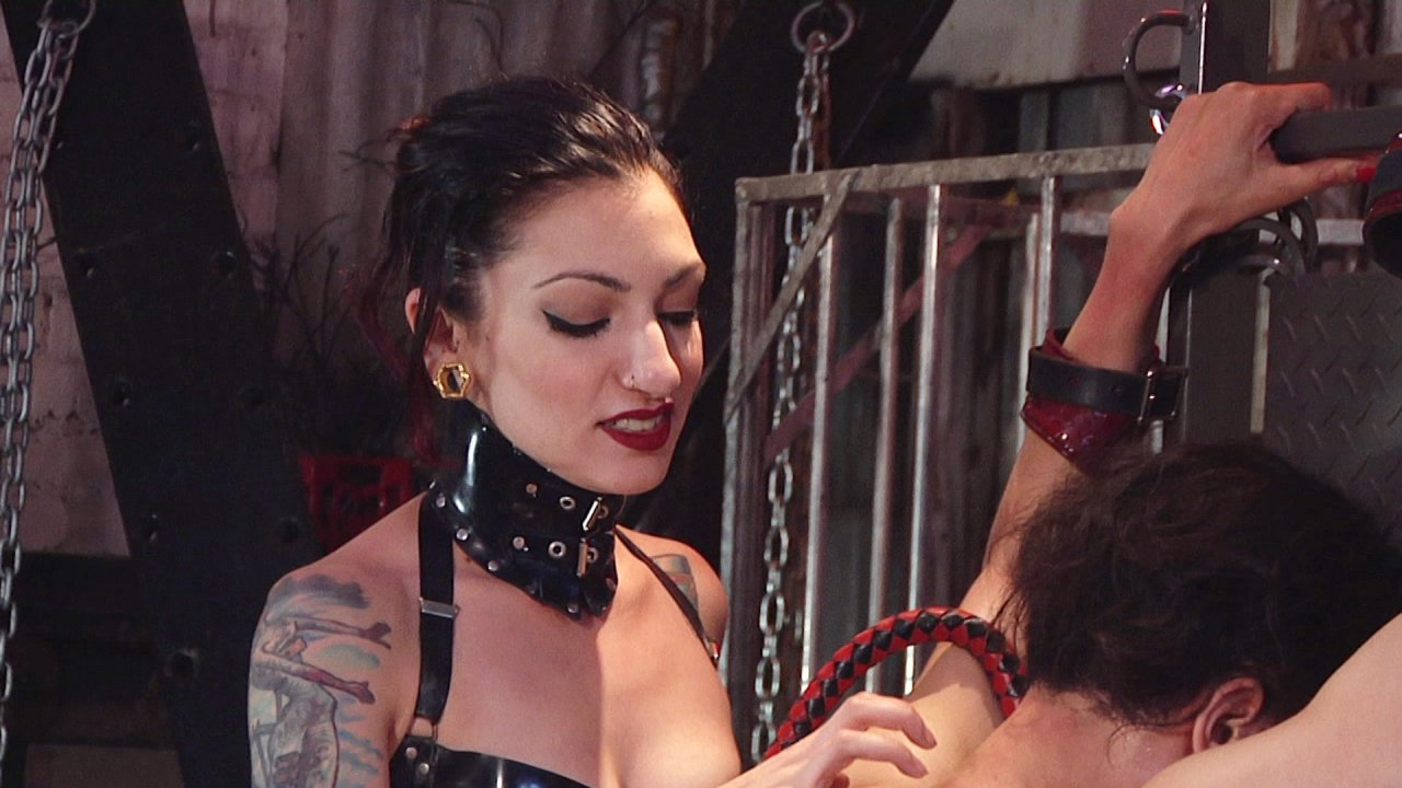 Scene with Cybill Troy - image 9 out of 13