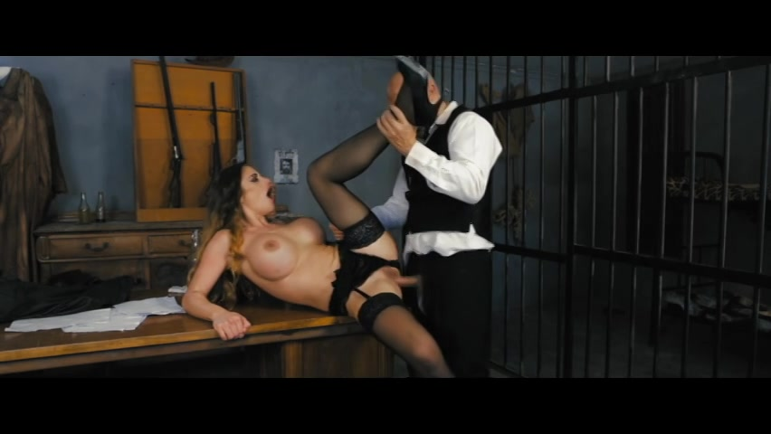 Sexy Babe Cathy Heaven in Black Lace Gets Fucked By an Older Stud Starring: Max Cortes Cathy Heaven Length: 25 min