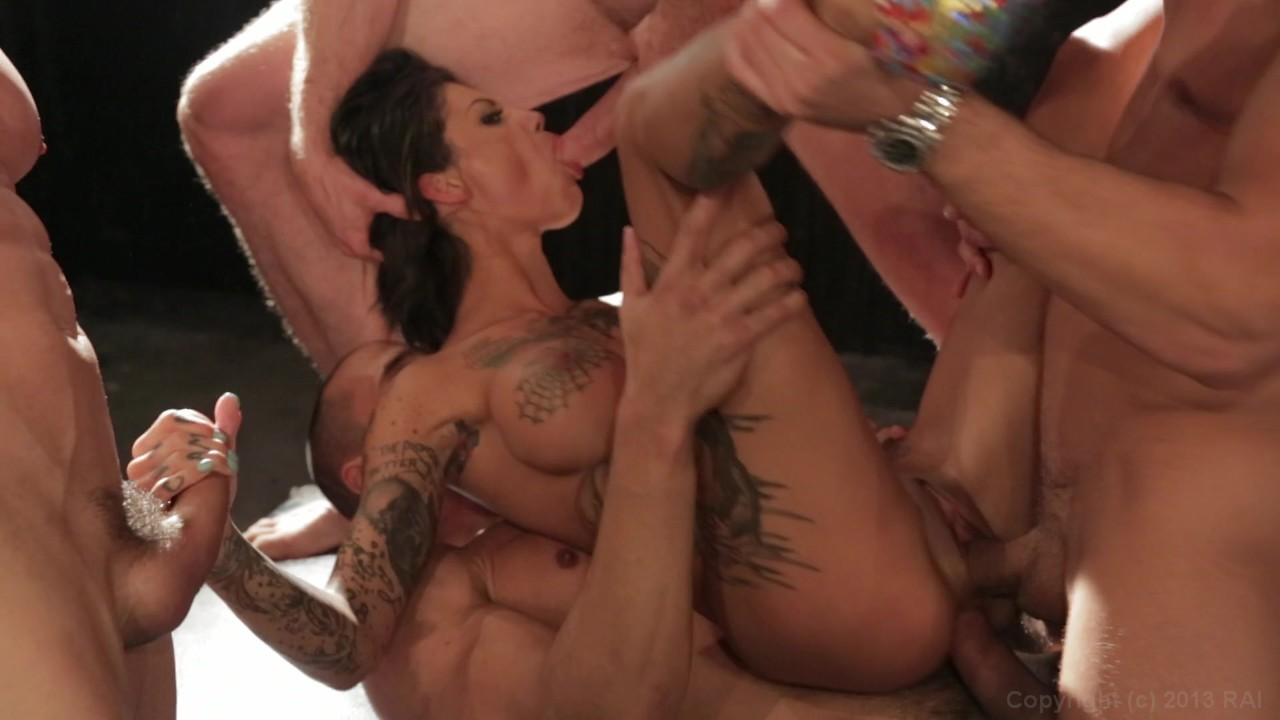 Scene with Bonnie Rotten - image 15 out of 20