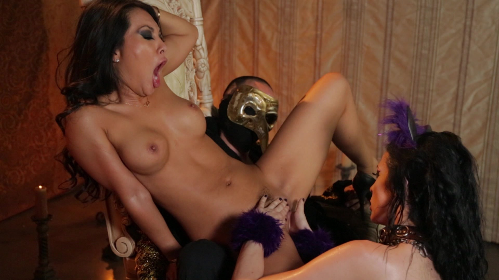 Scene with Asa Akira and Aiden Ashley - image 20 out of 20