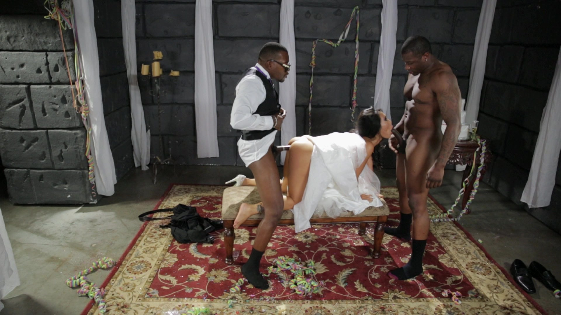 Scene with Asa Akira, Rob Piper XXX and Moe Johnson - image 9 out of 20