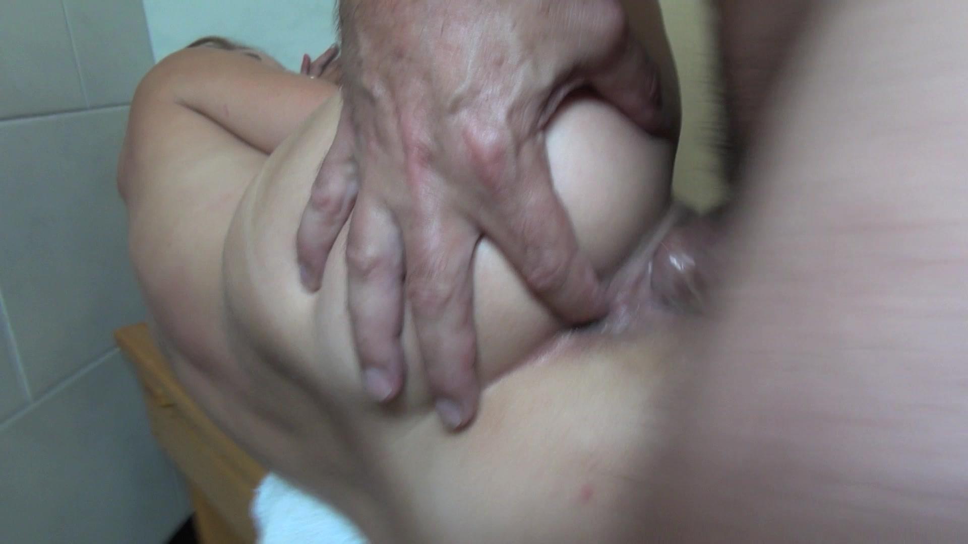 Young deepthroat porn