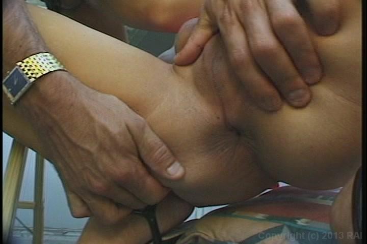 girls open legs porn