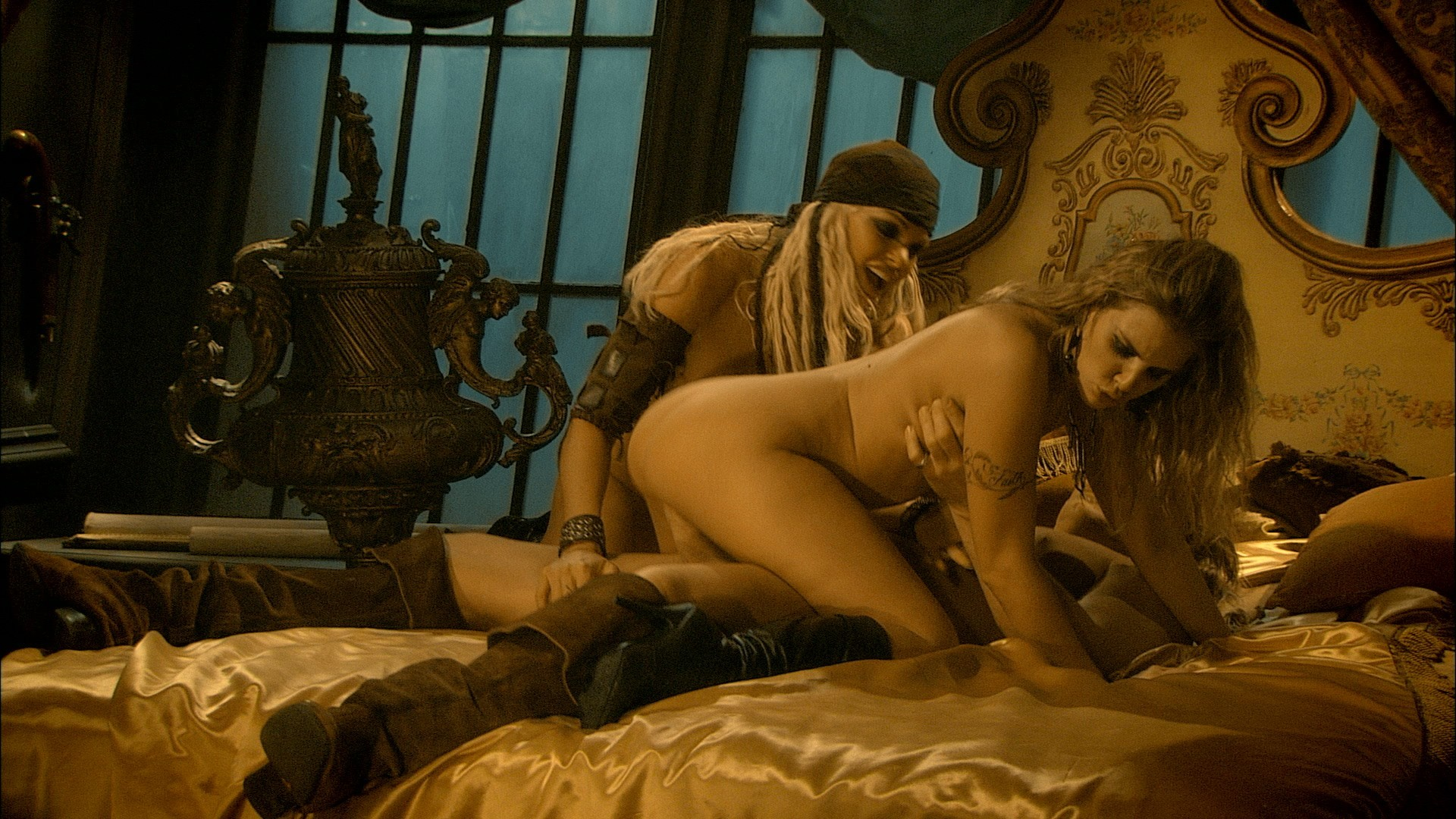 Pirates 2 adult movie naked scene