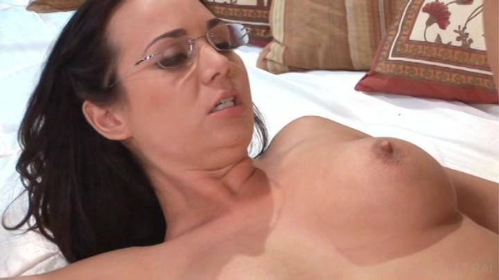 Who S Nailin Paylin Lesbian Scene 58