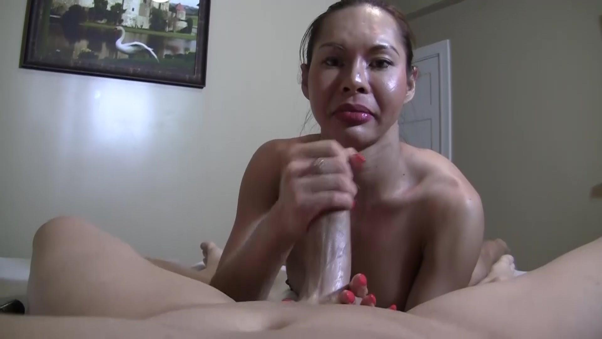 free shemale porn clip