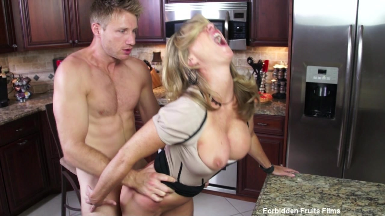 Euter Yea! milf fucking grandpa in the kitchen both these