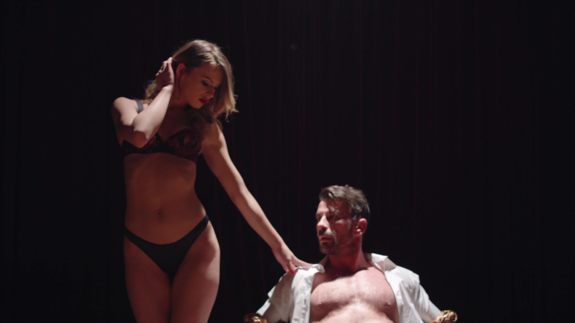 Scene with Kayden Kross and Jillian Janson - image 9 out of 20