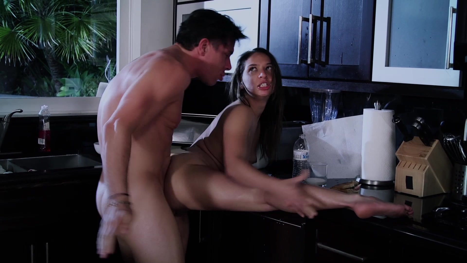 Scene with Mick Blue and Sara Luvv - image 14 out of 20