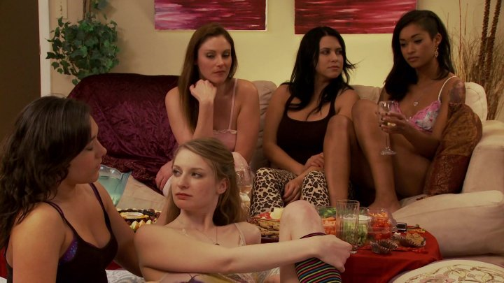 Lesbian Slumber Party The Kissing Game