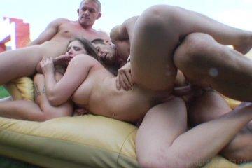 Rodney moore threesome