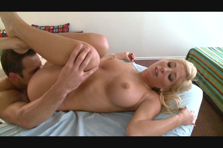 Pretty Platinum Haired Girl Gets a Massage and a Fuck
