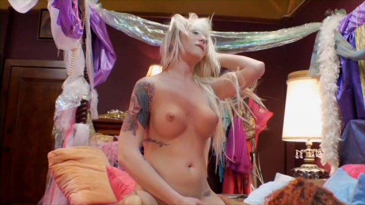 Scene with Aubrey Kate and Daisy Ducati - image 14 out of 20