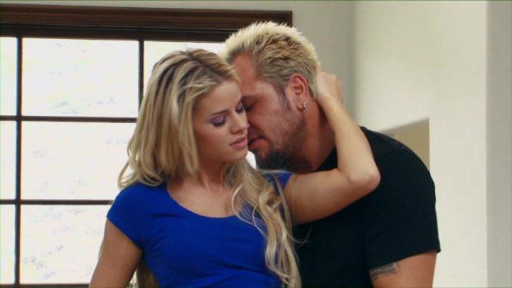 Threesome with blonde teen Jessa Rhodes and busty milf Jennifer Best.  1545738