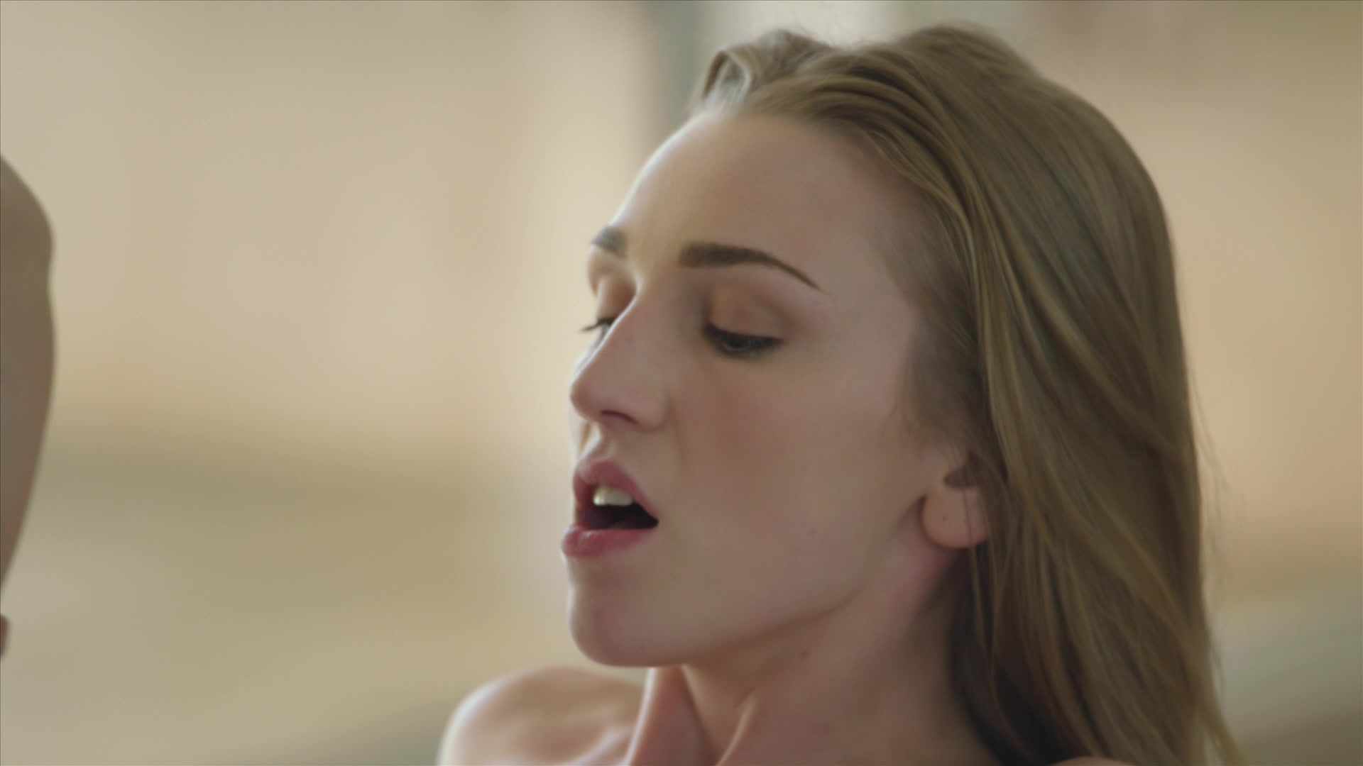 Scene with Kendra Sunderland - image 14 out of 20