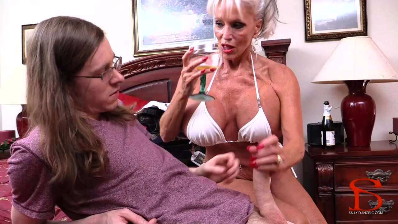 Porn Granny Clips 98