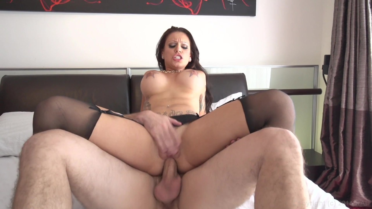 Sexy Brunette Takes Cock Up The Rump
