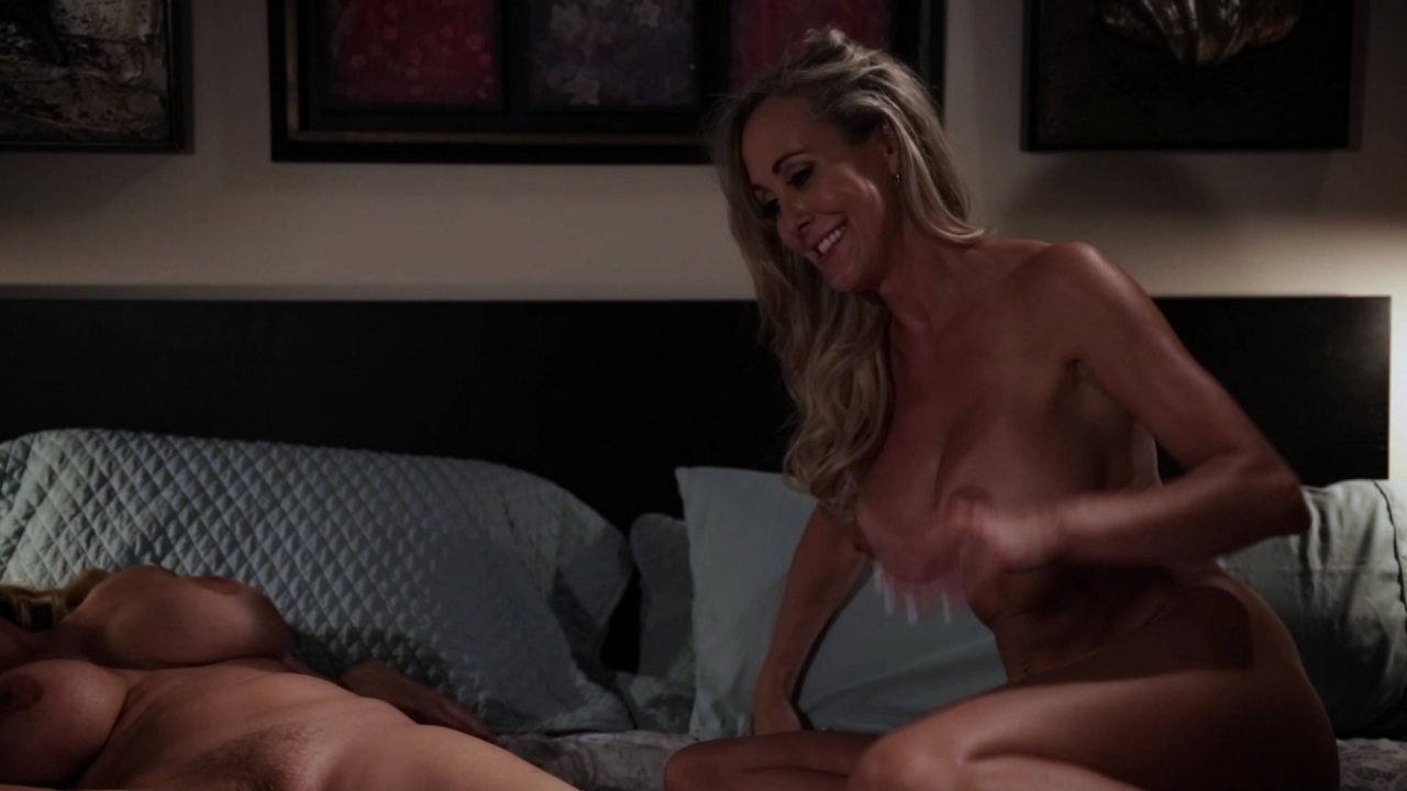 Scene with Julia Ann and Brandi Love - image 19 out of 20