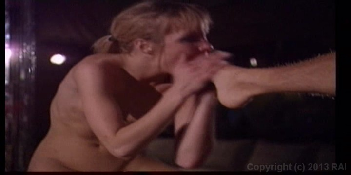 Scene with Rocco Siffredi - image 15 out of 20