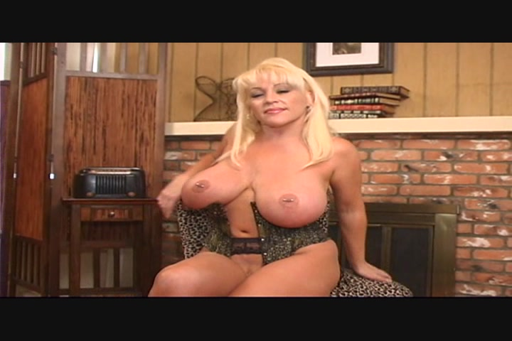 free busty mature streaming