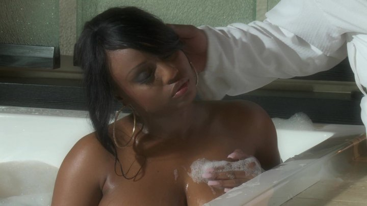 Scene with Jada Fire and Tyler Knight - image 4 out of 20