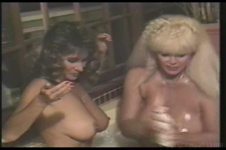 Big Breast Orgy - 1972 Russ Meyer - Candy Sasmples