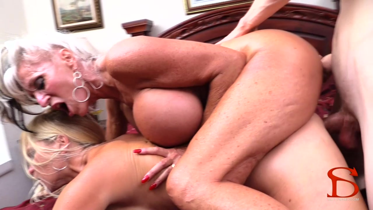 Weekend guest fucked my wife 6