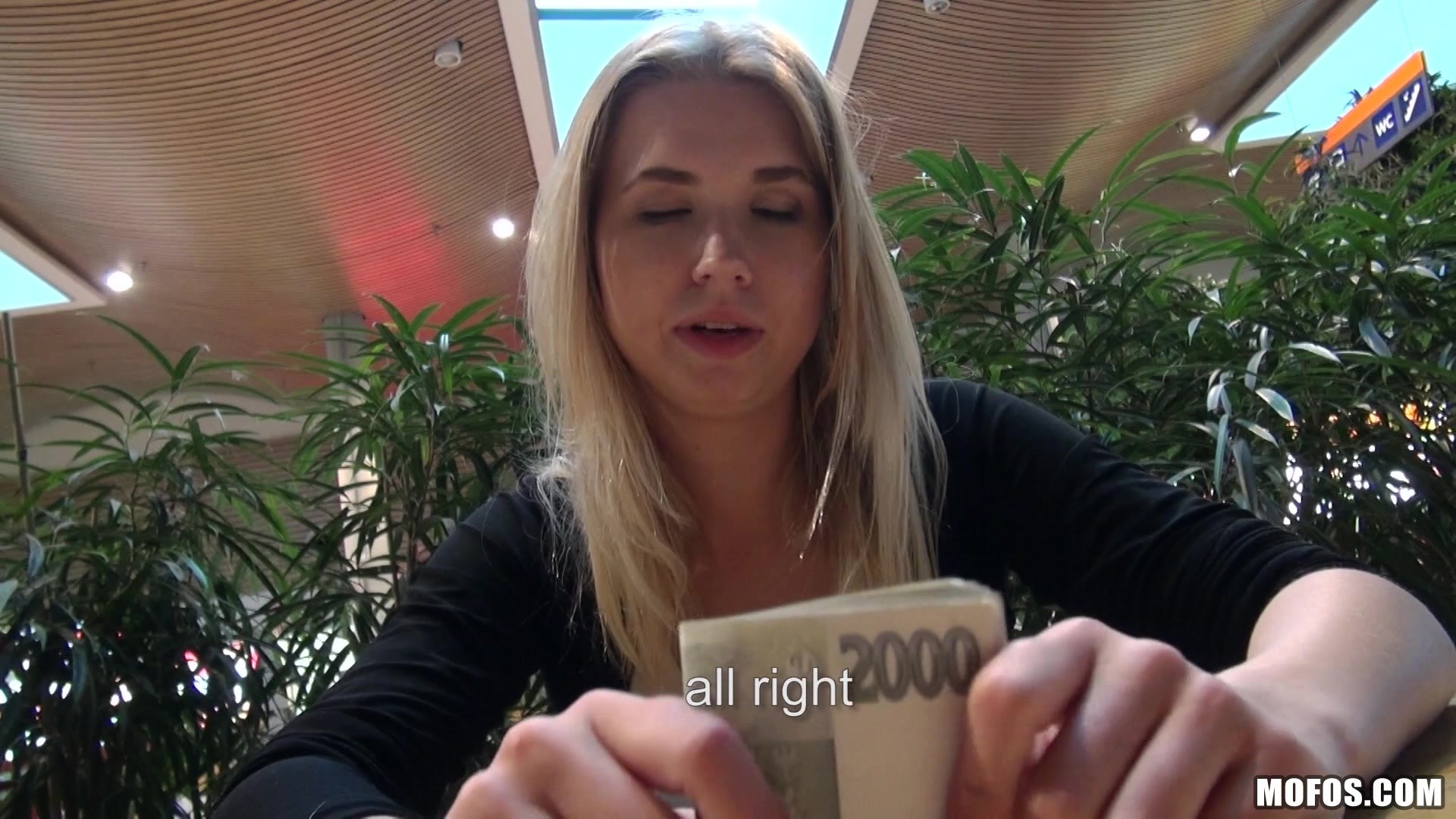 Смазливые - 127,296 Видео