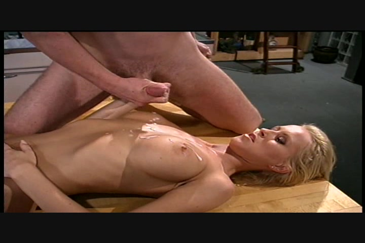 mature mom tits sexting