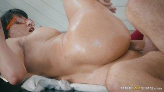 Streaming porn video still #7 from Bubble Butt Anal Slut 3