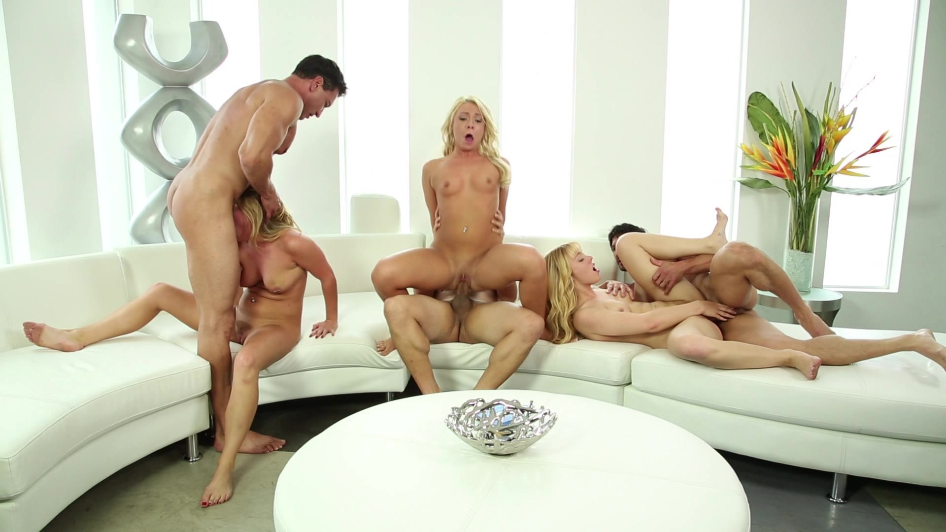 Adult swingers luvin lucy