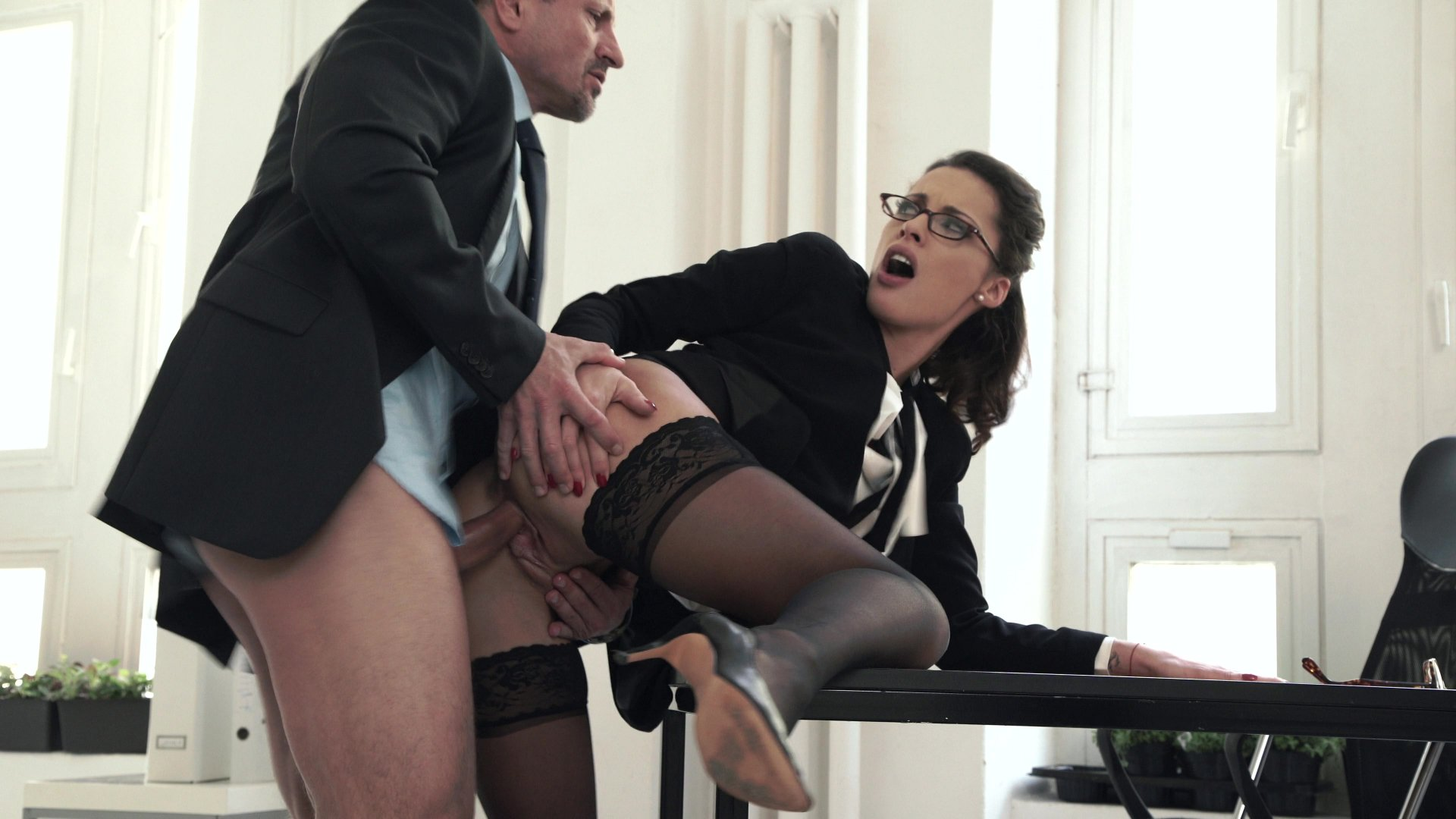Brazzers Office Secretary Sex With Boss Hq Porn Galery