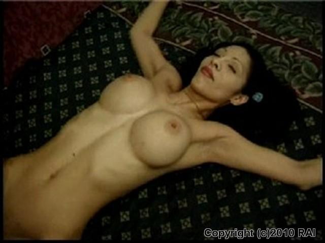 Short skirt nude pussy