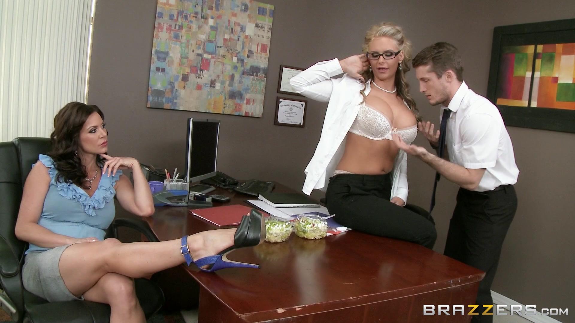 Streaming Cougar Porn 76