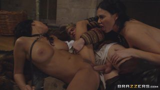 Streaming porn video still #4 from Storm Of Kings