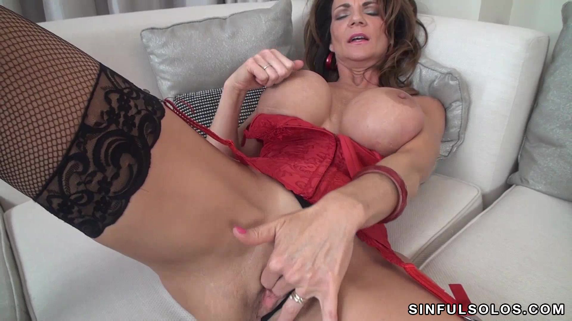Deauxma Movies