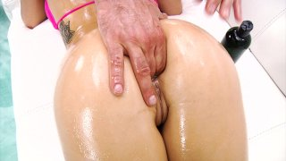 Streaming porn video still #3 from Wet Curves Vol. 2
