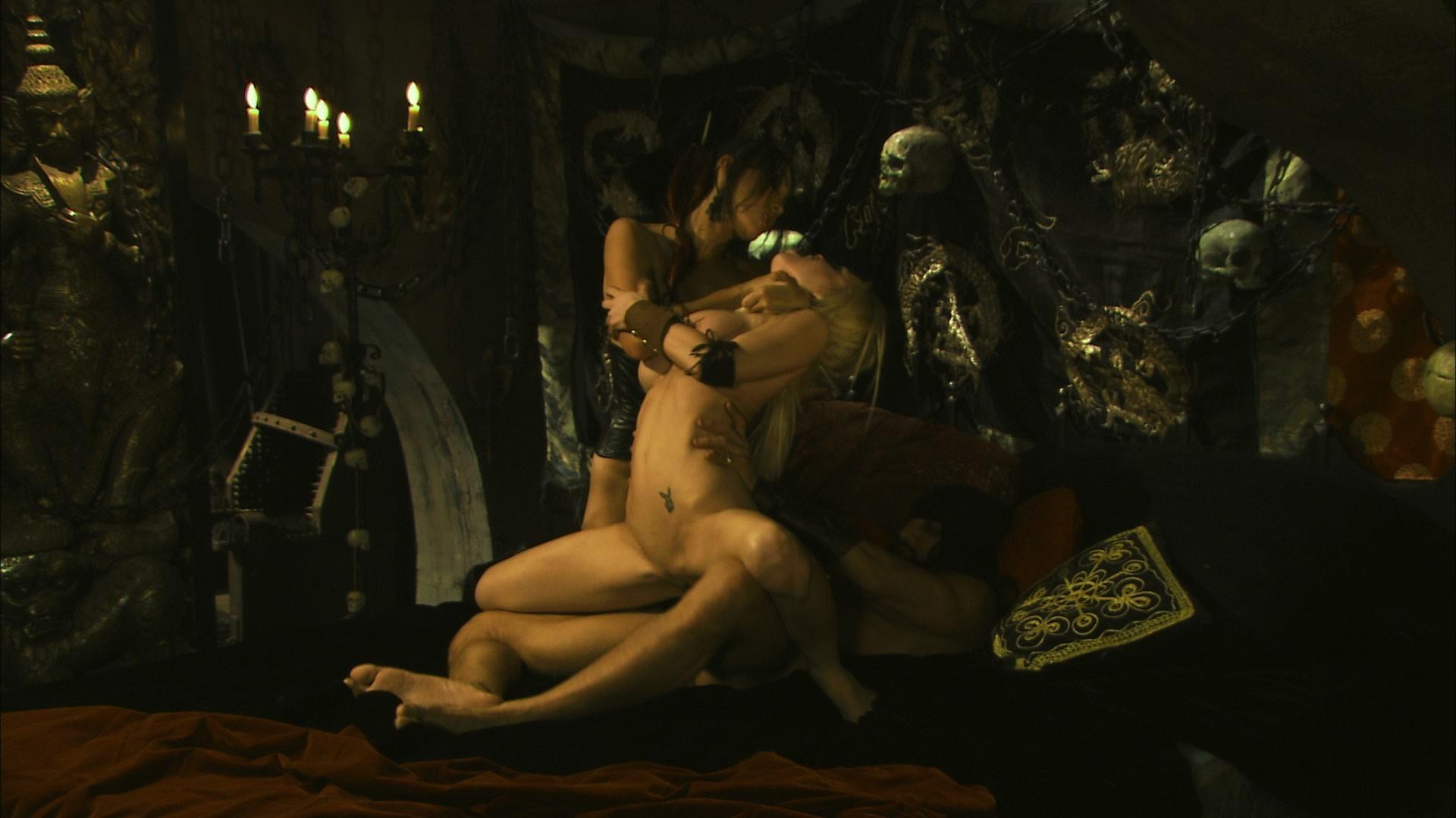 Эротика пираты онлайн, Пираты Pirates Смотреть порно фильм онлайн 18 фотография