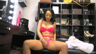 Streaming porn video still #2 from Sunshyne Monroe 4