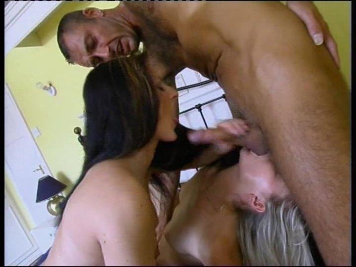Skinny nude butt fuck