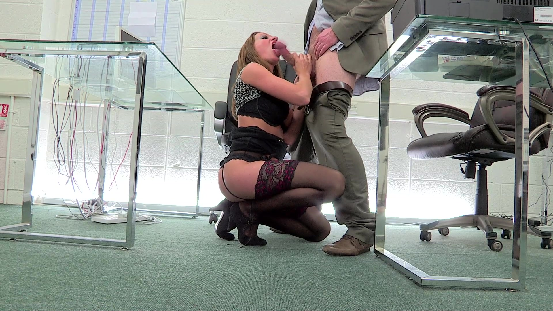 Free Video Preview Image  From Hot Office Girls Vol