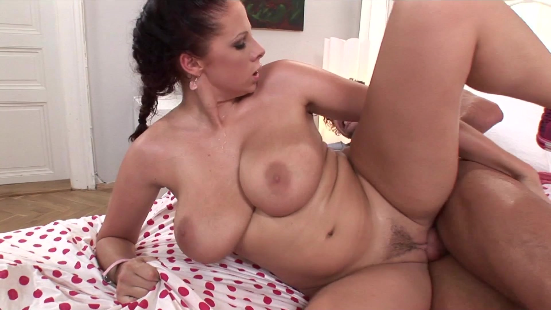 Busty beauty starts throating two cocks in special pov show 7