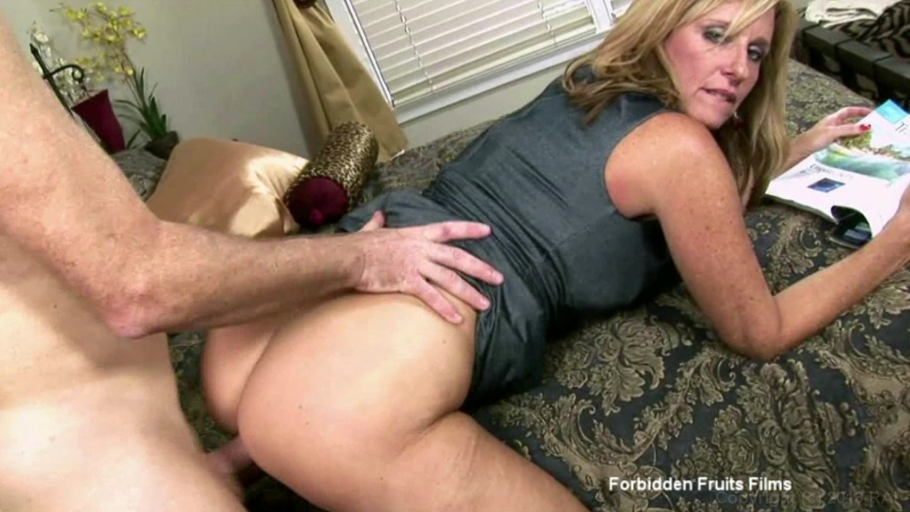 Was Free xxx erotic moms sons