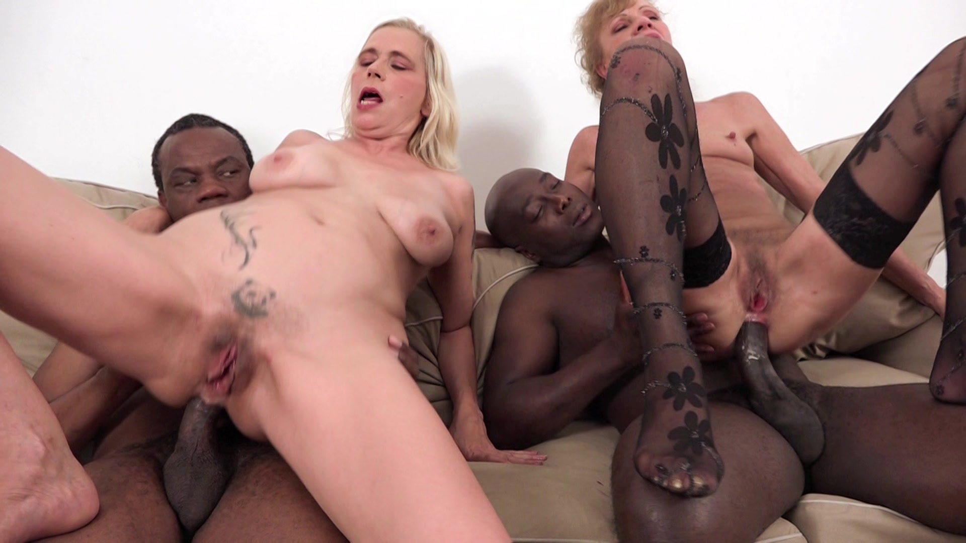 Mature Interracial Creampie Porn
