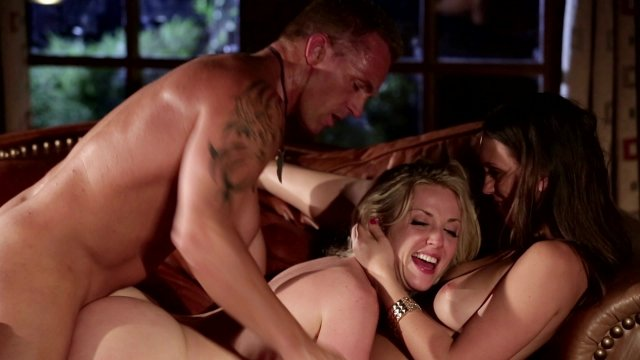 Marcus london couples fucks outside by the pool 5