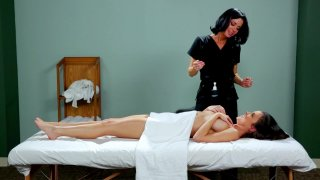 Streaming porn video still #4 from Mother Daughter Spa Day