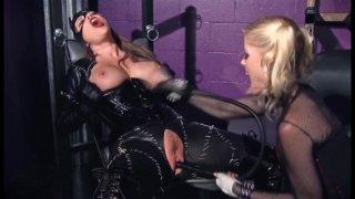Streaming porn video still #8 from Gotham Girls